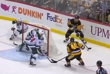 Video: Sidney Crosbylta maaginen suoritus - vei Wild-pakin huikealla tavalla kahville ja jakeli perään maalisyötön