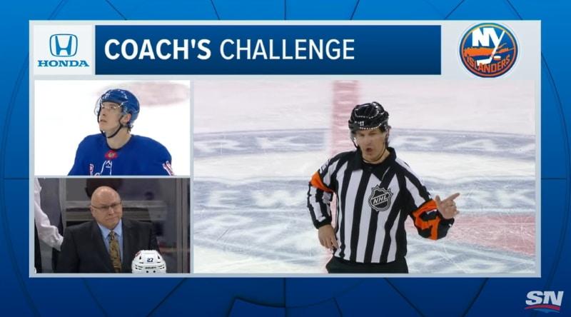 Video: NHL-tuomari Wes McCauley jälleen vauhdissa – kuulutus ei sujunut aivan, kuten piti