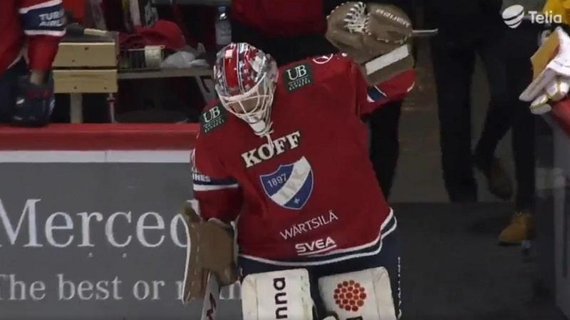 Video: HIFK:lta tyylikäs veto – 46-vuotias Jan Lundell pelasi viimeisen minuutin ja teki historiaa