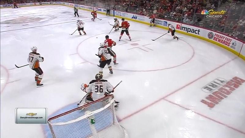 Olli Määttä Chicago Blackhawks / Pallomeri.net