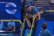 Video: Daniil Medvedev kimmastui tuomioista ATP-turnauksessa - mäiski mailallaan tuomarin tuolia