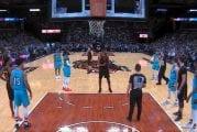 Video: NBA:ssa aivan käsittämätön ylireagointi - läpsäisy takapuolelle toi suihkukomennuksen