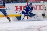 Video: Andrei Vasilevski kauhaisi mykistävän torjunnan selkänsä takaa NHL:n All-Star -tapahtumassa