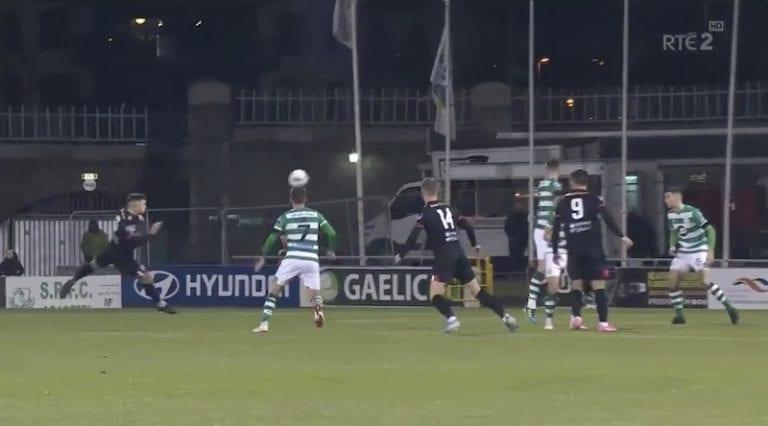 Video: Älytön tykitys! Irlannin liigassa nähtiin täysin epätodellinen maali