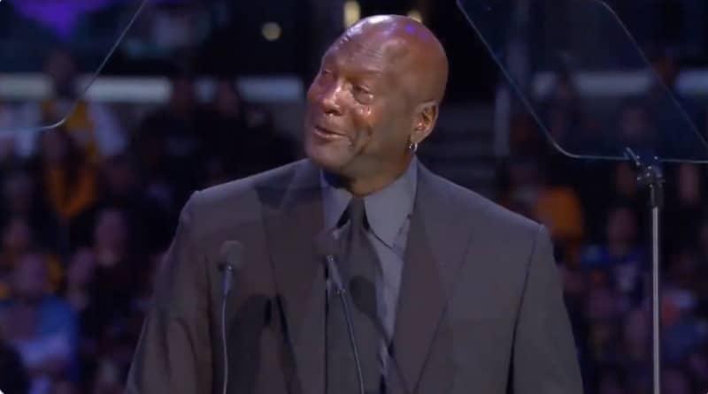 Video: Michael Jordan nauratti ja itketti Kobe Bryantin muistotilaisuudessa