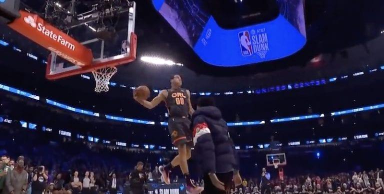Video: Aaron Gordon esitteli NBA:n donkkikisassa mykistävän upean suorituksen