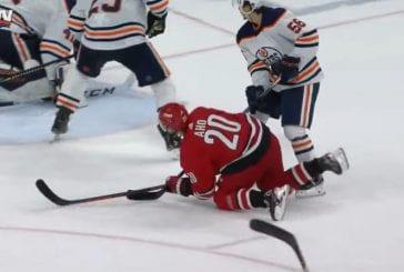Video: Sebastian Aho ilmiliekeissä - huikea jatkoaika kruunasi Carolinan ja Edmontonin välisen matsin