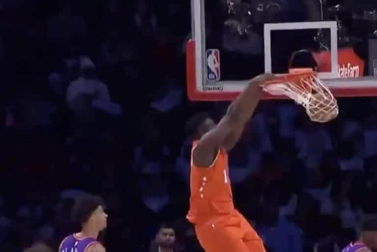 Video: Zion Williamson donkkasi tykisti NBA:n tähdistöpelissä – koriteline hajosi
