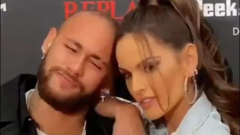 Video: Loukkaantunut Neymar hengaili Saksassa pidetyssä muotinäytöksessä – PSG:n johto raivostui