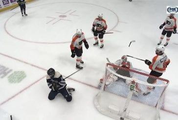 Video: Flyers-pakki rikkoi mailansa vastustajan käteen - roisista kirvesiskusta ei tullut edes jäähyä