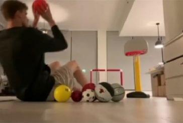 Video: Lauri Markkanen keksi ovelan karanteeniharjoitteen -