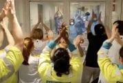 Video: Sairaalan työntekijöiden laulu sulatti Jürgen Kloppin sydämen –
