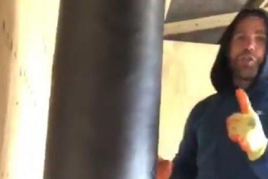 Video: Brittinyrkkeilijä antoi ohjeita miten naista kannattaa lyödä - menetti lisenssinsä