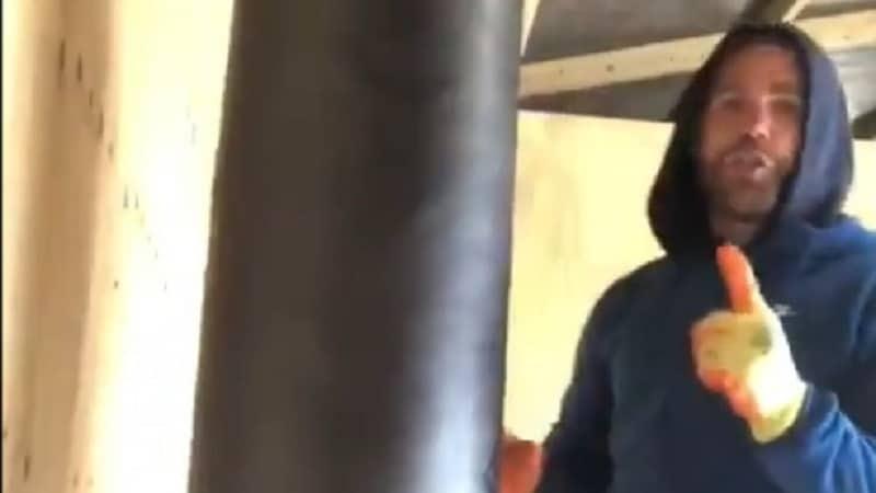Video: Brittinyrkkeilijä antoi ohjeita miten naista kannattaa lyödä – menetti lisenssinsä