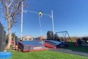 Video: Renaud Lavillenie taivutti huippuluokan seivästuloksen takapihallaan