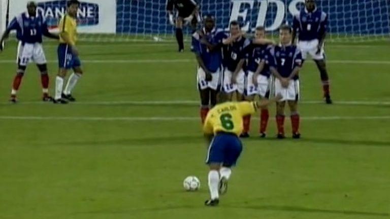 """Brassilegenda Roberto Carlos lyttäsi Roy Hodgsonin – """"Hän tuhosi minut"""""""