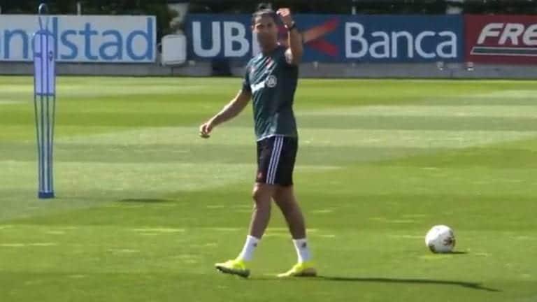 Video: Niin vaivatonta, kun sen osaa – Cristiano Ronaldo näytti huikeita taitojaan Juventuksen treeneissä