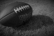 Kahdesta NFL-pelaajasta annettu pidätysmääräys - epäillään aseellisesta ryöstöstä