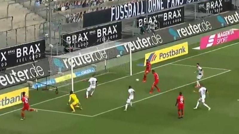 Video: Leverkusen-hyökkääjä hukkasi varman maalipaikan – maaginen pelastus vai paha moka?
