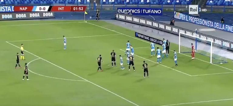 Video: Christian Eriksen osui suoraan kulmapotkusta Italian Cupissa