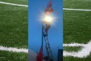 Video: Liverpool-fanille kävi juhlahumussa köpelösti - putosi kivuliaasti lampputolpasta