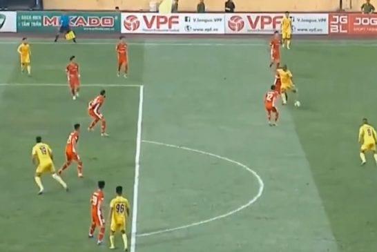 Video: Häikäisevä maali Vietnamin liigassa - Brassihyökkääjä latasi aivan armottoman kanuunan