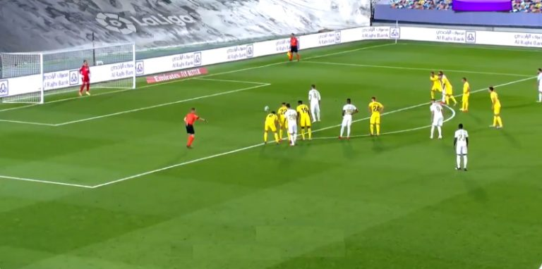 Video: Real Madrid koitti ovelaa pilkkukikkaa – Karim Benzeman innokkuus pilasi homman