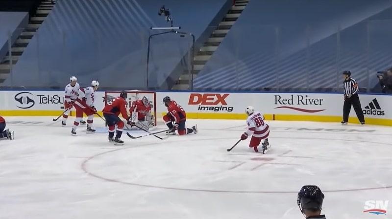 Teuvo Teräväinen Carolina Hurricanes NHL - pallomeri.net