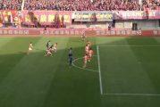 Klassikkovideo: Yaya Toure aivopieruili punaisen kortin 10 sekunnin pelin jälkeen