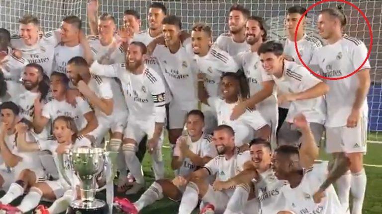 """Video: Gareth Bale herätti huomiota Real Madridin mestaruusjuhlissa – """"Hän ei välitä p*****kaan!"""""""