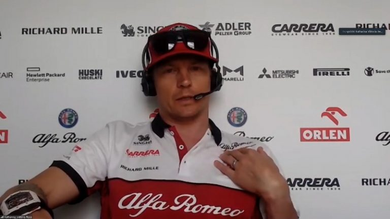 Video: Jäämies oli elementissään – Kimi Räikkönen heitti tylyn kuitin toimittajalle