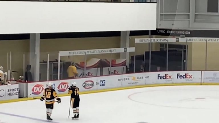 """Video: Emil Larmilta hauska oivallus somessa – """"Muilla on ohjelmassa treenipeli ja minulla tämä"""""""