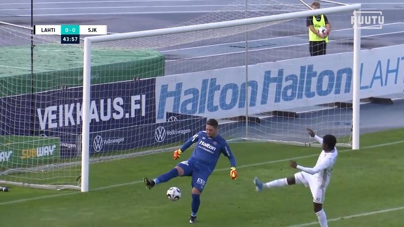 Video: FC Lahden maalivahtia ei huimaa – heitti kylmänviileän kikan paineen alla
