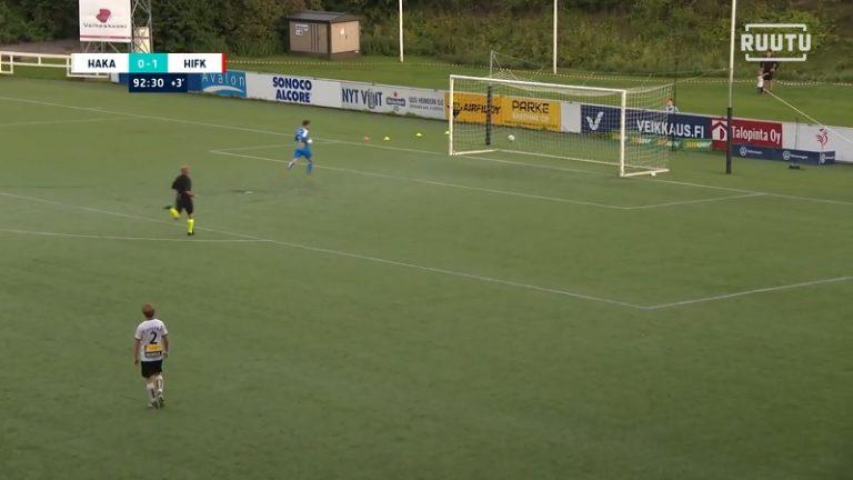 Video: Tätä ei usein näe jalkapallokentällä – HIFK-pelaaja maalasi puolesta kentästä tyhjiin
