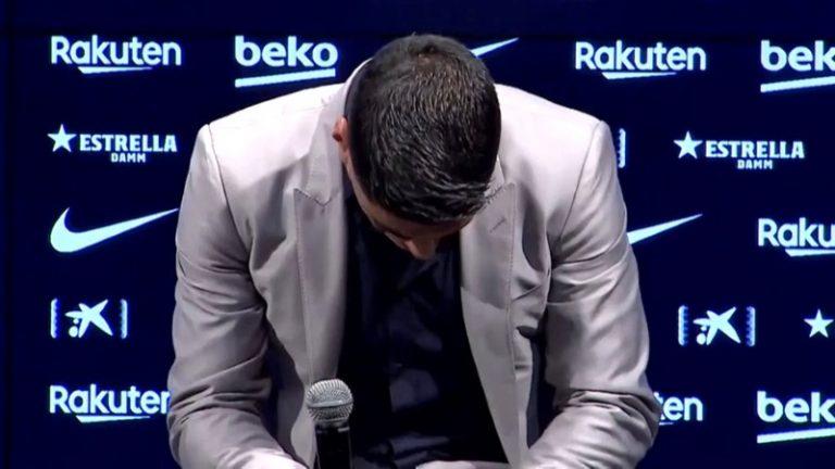 Video: Luis Suarez piti tunteikkaan pressitilaisuuden – ei kyennyt pidättämään kyyneliään
