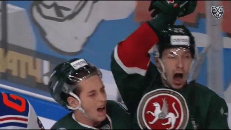 Video: Kazan-pelaajan maalituuletus oli mennä pieleen – meinasi tempaista joukkuetoveria turpaan