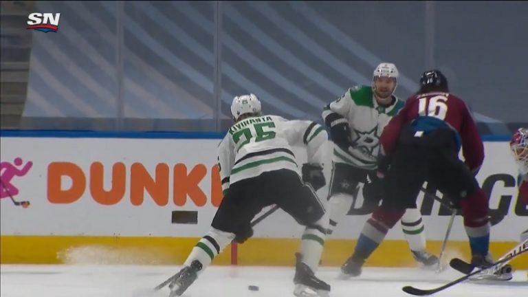 Video: Käsittämätön sankaritarina! – Joel Kiviranta nousi katsomosta game seveniin ja mätti hattutempun