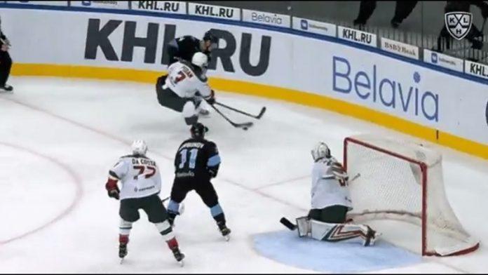 Maxim Sushko Dinamo Minsk / Pallomeri.net