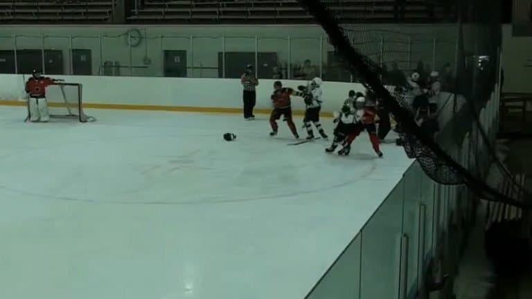 Video: TPS:n ja Ässien U16-harjoitusottelussa leimahti joukkotappelu – TPS-pelaajat valittivat pelikielloistaan