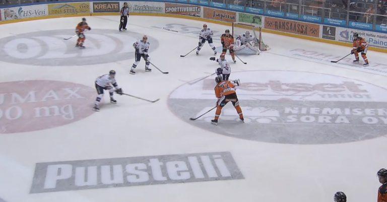 Video: Kristian Vesalainen teki hurjan paluun Liigaan – laukoi upean maalin rannarilla