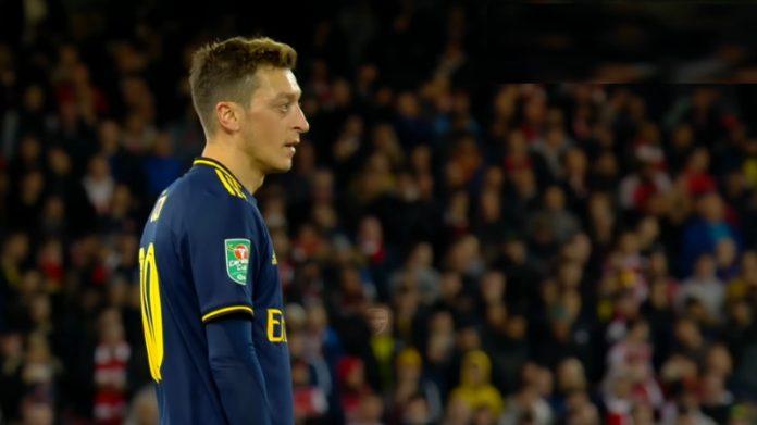 Mesut Özil arsenal sopimus - pallomeri.net