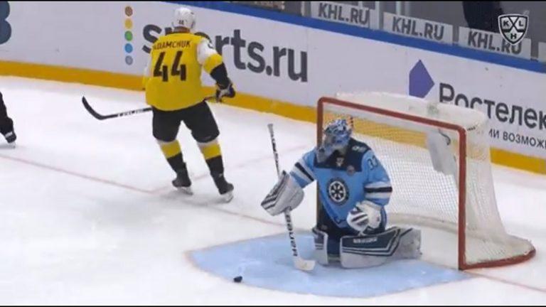 Video: Nolo moka KHL:ssä – Kucherov-kikka meni aivan vihkoon rankkarikisassa