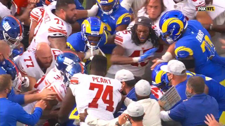 Video: NFL-matsi päättyi kunnon rähinään – taustalta paljastui perhedraama
