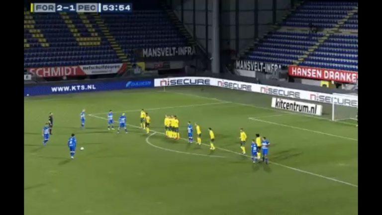 Video: Thomas Lam tykitti Zwollelle pisteen – maaginen vapaapotku yli 20 metristä