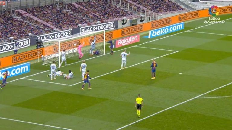 Video: Lionel Messi teki futishistoriaa – maali hyvinkin erikoista sorttia