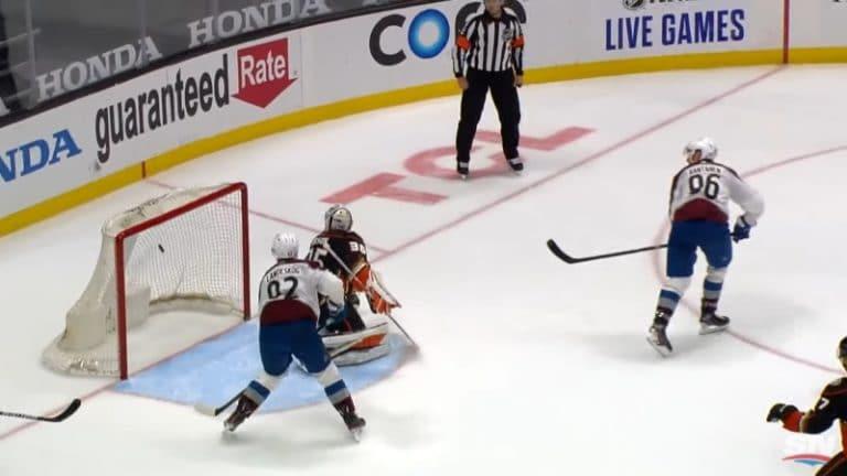 Video: Mikko Rantanen osui jälleen  – nousi NHL:n maalipörssin jaetulle kärkipaikalle