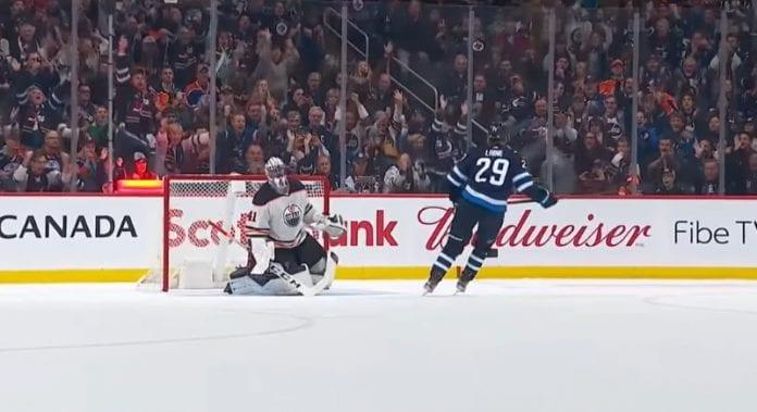 Patrik Laine Winnipeg Jets NHL - pallomeri.net