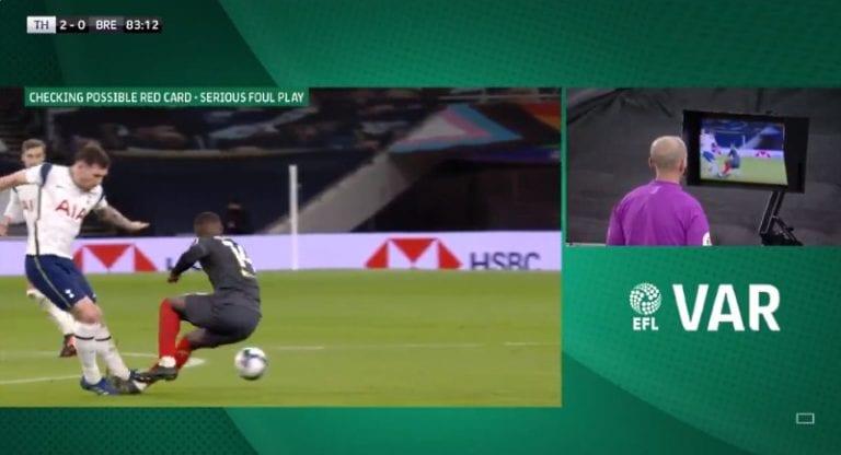 """Video: Tottenham-peluri telottiin suoran punaisen arvoisesti – Jose Mourinho käärmeissään: """"Olet häpeäpilkku!"""""""