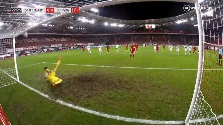 Video: Stuttgart-maalivahti Gregor Kobel otti uskomattoman rankkaritorjunnan – potkaisi pallon yläriman kautta ulos