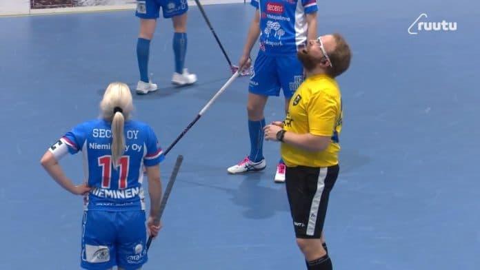Koovee-Classic kentänvaihto naisten f-liigassa / Pallomeri.net